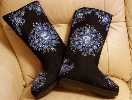 Обувь ручной работы. Ярмарка Мастеров - ручная работа. Купить Узор на черном. Handmade. Черный, валенки, тапочки, обувь для улицы