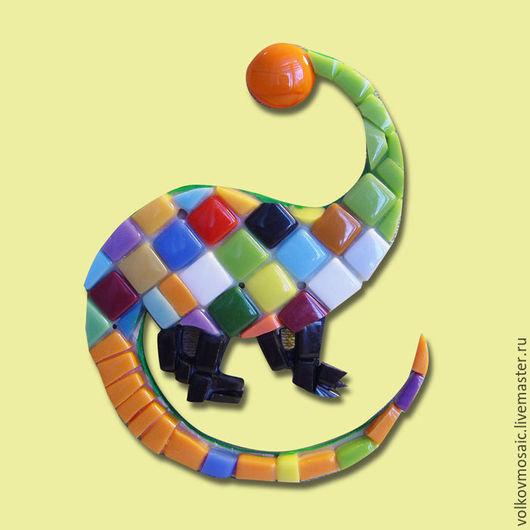 Новый год 2017 ручной работы. Ярмарка Мастеров - ручная работа. Купить смальта-пазл «магнит мозаика Дракоша». Handmade. Разноцветный