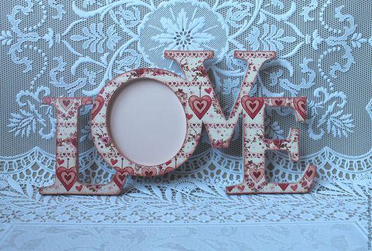 """Подарки для влюбленных ручной работы. Ярмарка Мастеров - ручная работа. Купить Фоторамка - интерьерное слово """"Любовь"""" (Love)"""". Handmade. Коралловый"""