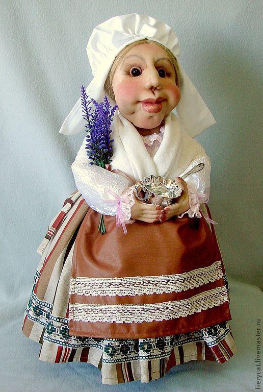 Куклы и игрушки ручной работы. Ярмарка Мастеров - ручная работа. Купить Кукла-грелка в костюме провинции Прованс. Handmade. лаванда