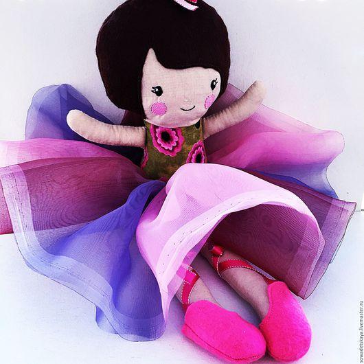 Человечки ручной работы. Ярмарка Мастеров - ручная работа. Купить Балеринка. Текстильная кукла с машинной вышивкой.. Handmade. Комбинированный, куколка