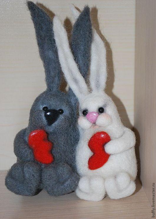 Подарки для влюбленных ручной работы. Ярмарка Мастеров - ручная работа. Купить Влюбленные зайцы. Handmade. Влюбленные, валяная игрушка