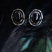 """Украшения ручной работы. Ярмарка Мастеров - ручная работа Серебряные гвоздики с ониксом """"Глаза сапсана"""". Handmade."""