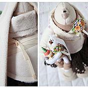 Куклы и игрушки ручной работы. Ярмарка Мастеров - ручная работа Зайцы. Зайка в шоколадной юбке.. Handmade.