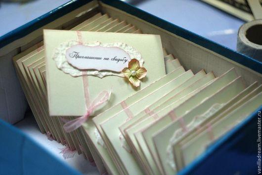 Свадебные аксессуары ручной работы. Ярмарка Мастеров - ручная работа. Купить Свадебное приглашение. Handmade. Бежевый, бумага ручной работы