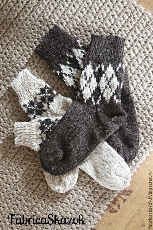 Носки, Чулки ручной работы. Ярмарка Мастеров - ручная работа. Купить Носки из суровой деревенской шерсти. Handmade. Коричневый