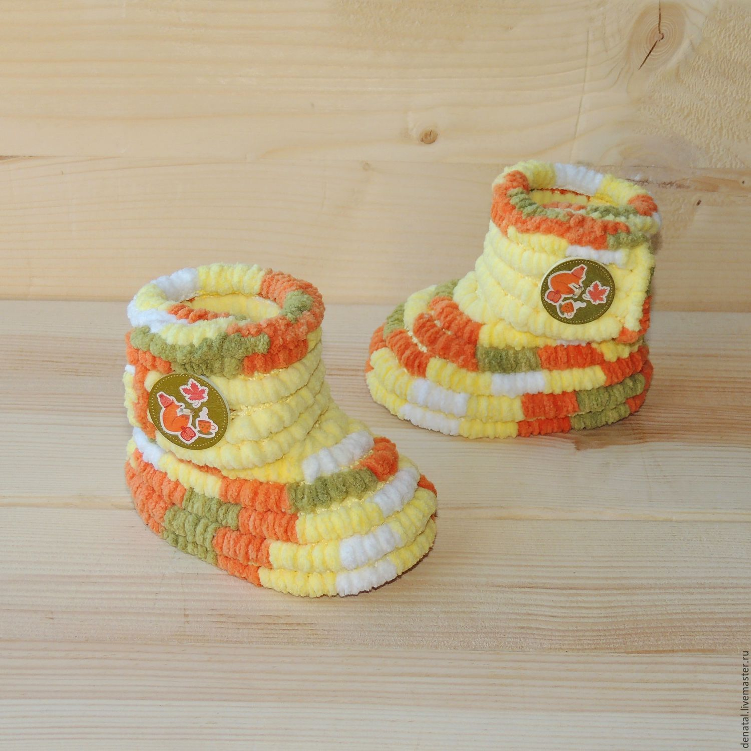 Shop Dental is knitted shoes handmade - plush booties boots unisex. lemon in combination with white, orange, green, yellow, melange. Booties knitted micropore.