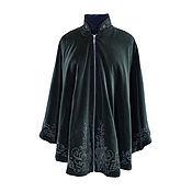 Одежда ручной работы. Ярмарка Мастеров - ручная работа Бархатное пальто-пончо с авторской вышивкой, темно-зеленый цвет. Handmade.