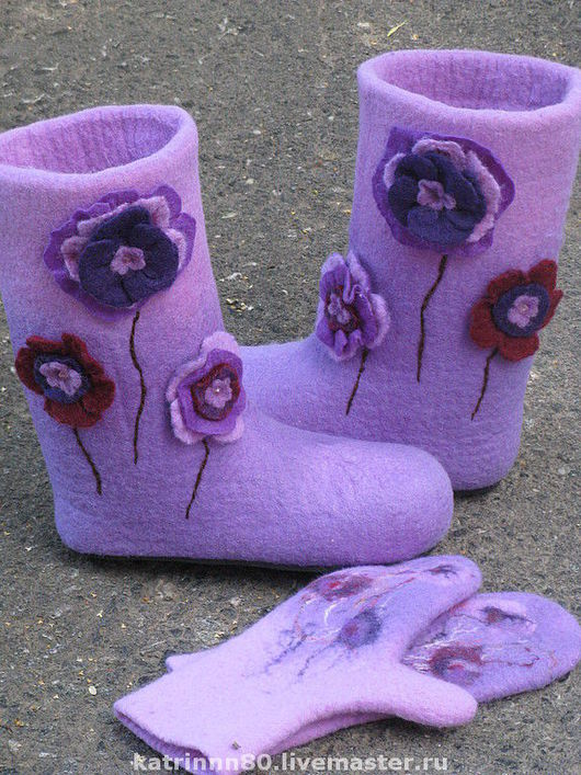 """Обувь ручной работы. Ярмарка Мастеров - ручная работа. Купить Валенки """" Маки в сереневых тонах"""". Handmade. Валенки, бисер"""