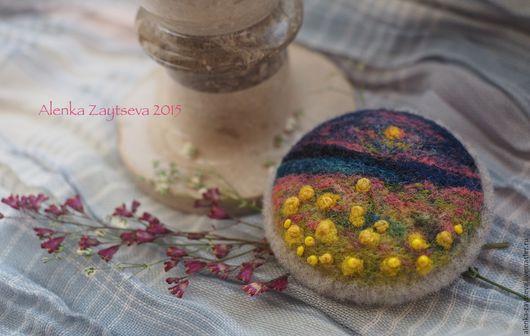 """Броши ручной работы. Ярмарка Мастеров - ручная работа. Купить Валяная брошь """"Полевые цветы"""". Handmade. Комбинированный"""