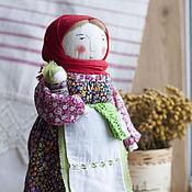 Куклы и игрушки ручной работы. Ярмарка Мастеров - ручная работа Кукла Мамушка с деточкой текстильная авторская. Handmade.