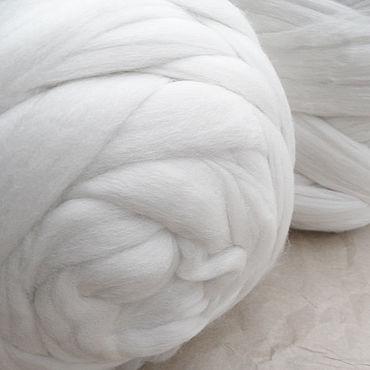 Materials for creativity handmade. Livemaster - original item Merino in tops natural white 100 gr. Handmade.