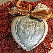 """Подарки к праздникам ручной работы. Ярмарка Мастеров - ручная работа Сердечко """"Мир для двоих..."""" керамика. Handmade."""
