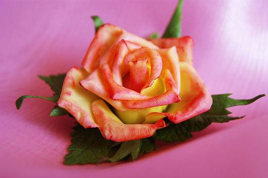 """Броши ручной работы. Ярмарка Мастеров - ручная работа. Купить Брошь """"Чайная роза"""". Handmade. Роза, брошь цветок"""