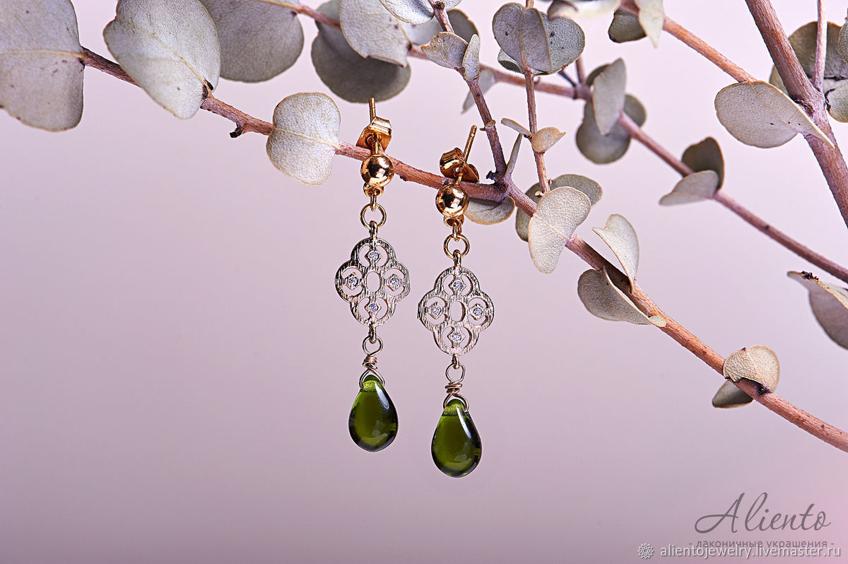 earrings in gold, earrings jewelry buy earrings jewelry, earrings jewelry, earrings with stones jewelry, earrings with green stone, handmade jewelry