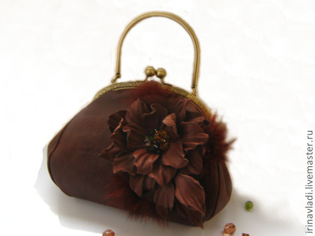 Декор сумки из кожи