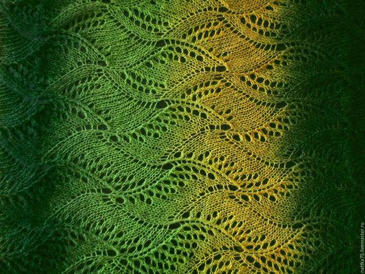 """Шали, палантины ручной работы. Ярмарка Мастеров - ручная работа. Купить Палантин """" Зеленые волны"""". Handmade. Зеленый"""