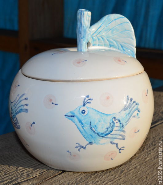Конфетницы, сахарницы ручной работы. Ярмарка Мастеров - ручная работа. Купить сахарница яблоко голубые птички. Handmade. Белый, кухня