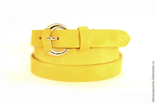 Пояса, ремни ручной работы. Ярмарка Мастеров - ручная работа. Купить Замшевый ярко - желтый ремень. Handmade. Ремень
