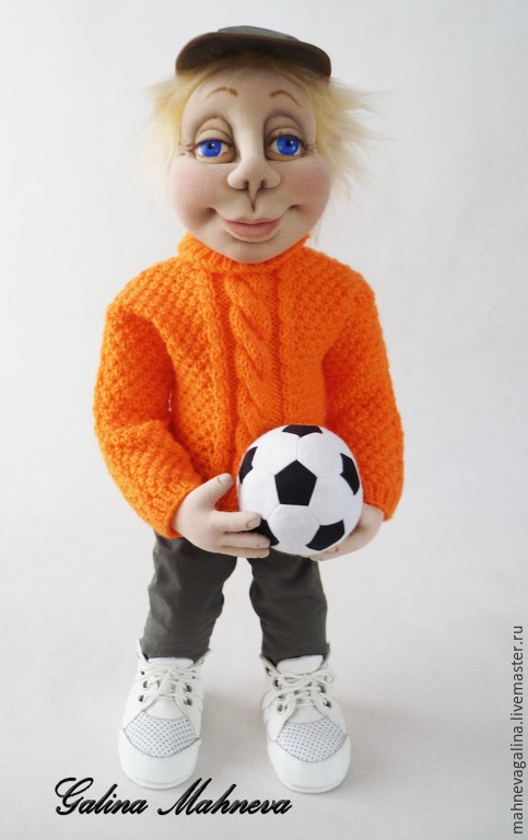 """Человечки ручной работы. Ярмарка Мастеров - ручная работа. Купить Интерьерная кукла """"Футболист"""". Handmade. Рыжий, капрон"""