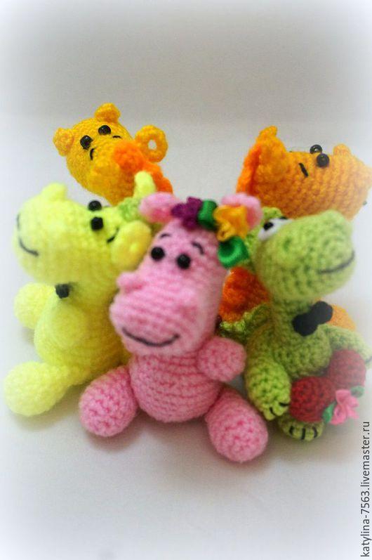 """Игрушки животные, ручной работы. Ярмарка Мастеров - ручная работа. Купить """"Малыши Динозаврики"""". Handmade. Комбинированный, динозавры, брелок в подарок"""