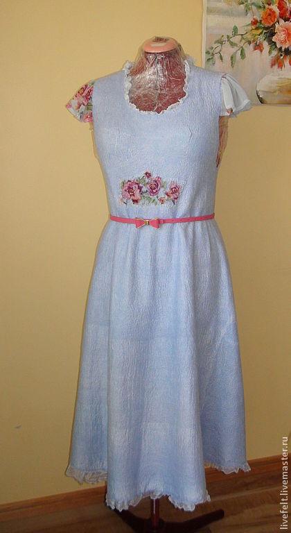 """Платья ручной работы. Ярмарка Мастеров - ручная работа. Купить Валяное платье  """"Женственность""""  сарафан голубое. Handmade. Бежевый, валяный"""