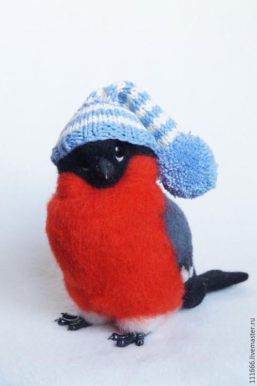 Игрушки животные, ручной работы. Ярмарка Мастеров - ручная работа. Купить Войлочная игрушка Снегирь. Handmade. Разноцветный, игрушка из войлока