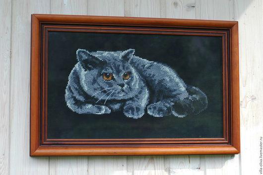 Животные ручной работы. Ярмарка Мастеров - ручная работа. Купить Кот картина вышивка в раме счетный крест черный фон. Handmade.