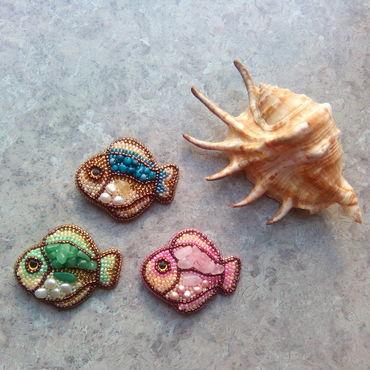 Украшения ручной работы. Ярмарка Мастеров - ручная работа Брошь рыбка. Брошь с жемчугом и камнями. Handmade.