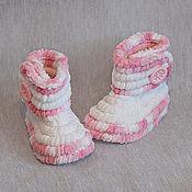 Работы для детей, ручной работы. Ярмарка Мастеров - ручная работа Пинетки сапожки Плюшевые,вязаные пинетки. Handmade.