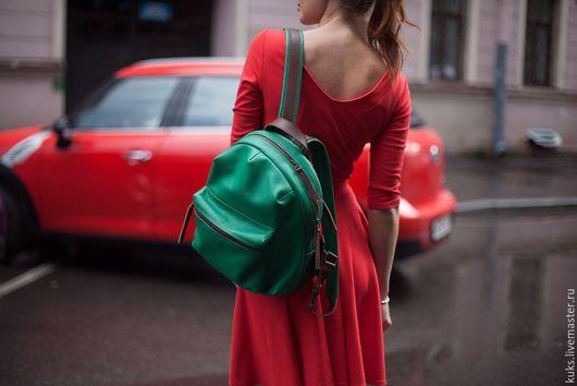 Рюкзаки ручной работы. Ярмарка Мастеров - ручная работа. Купить Рюкзак из натуральной кожи. Handmade. Зеленый, кожа натуральная