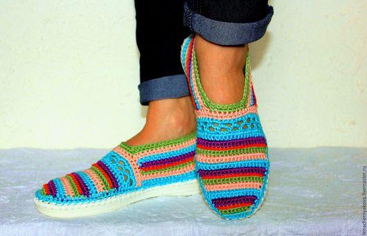 """Обувь ручной работы. Ярмарка Мастеров - ручная работа. Купить Мокасины вязаные """"Шалунья у моря """".. Handmade. Вязаные сапожки"""