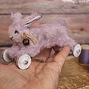 """Куклы и игрушки ручной работы. Ярмарка Мастеров - ручная работа """"Кроличек на колёсиках"""". Handmade."""