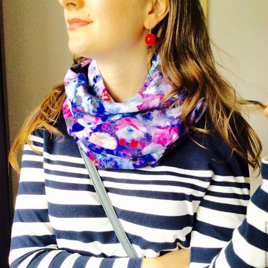 """Шарфы и шарфики ручной работы. Ярмарка Мастеров - ручная работа. Купить Шарф-снуд """" Яркая синь """". Handmade."""
