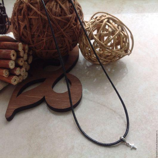 Кулоны, подвески ручной работы. Ярмарка Мастеров - ручная работа. Купить Подвеска крестик на шнуре. Handmade. Черный, подвеска на шнуре