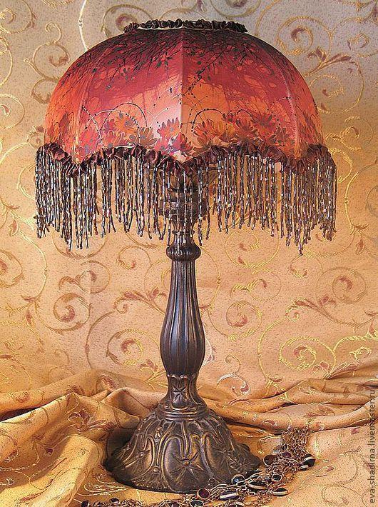 Ева Шадрина. Настольная лампа или тканевой классический абажур для интерьера спальни или гостиной ручной работы.