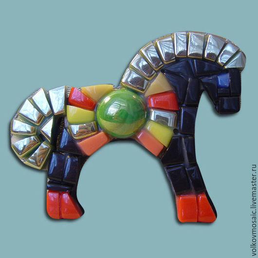 Новый год 2017 ручной работы. Ярмарка Мастеров - ручная работа. Купить Смальта-пазл «магнит мозаика Конь гнедой». Handmade.