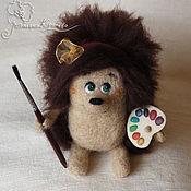 Куклы и игрушки ручной работы. Ярмарка Мастеров - ручная работа Ёжик - художник с рюкзачком. Handmade.