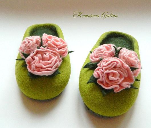 """Обувь ручной работы. Ярмарка Мастеров - ручная работа. Купить женские валяные тапочки """"Rosa Miniature"""". Handmade. Домашние тапочки"""