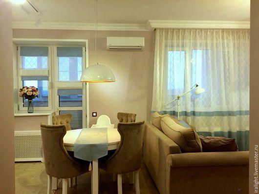 Шторы. Шторы в гостиную. Шторы на кухню. Римская штора. Гостиная. Кухня. Классика. Пошив штор на заказ. Индивидуальный дизайн.