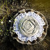 """Брошь-булавка ручной работы. Ярмарка Мастеров - ручная работа Бохо брошь """"Льняная роза"""". Handmade."""