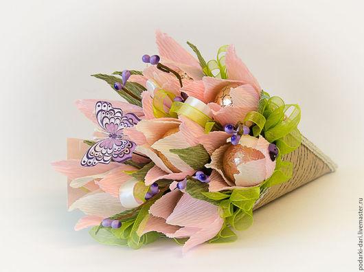 Букеты ручной работы. Ярмарка Мастеров - ручная работа. Купить Кулек с розовыми тюльпанами из конфет. Handmade. Букет из конфет