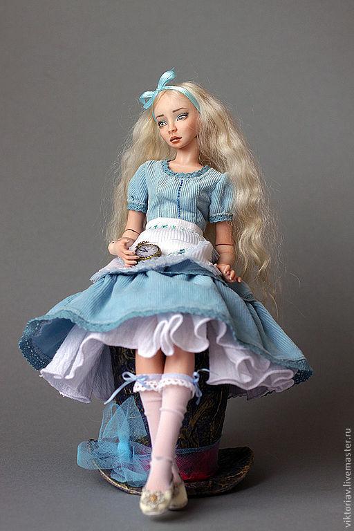 Коллекционные куклы ручной работы. Ярмарка Мастеров - ручная работа. Купить Алиса фарфоровая шарнирная кукла. Handmade. Бежевый, бжд