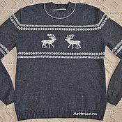 Одежда ручной работы. Ярмарка Мастеров - ручная работа Серый свитер с бежевыми оленями. Handmade.