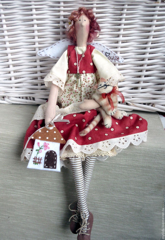 Куклы Тильды ручной работы. Ярмарка Мастеров - ручная работа. Купить Домашняя феечка с котом. Handmade. Коралловый, ключик