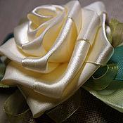 """Украшения ручной работы. Ярмарка Мастеров - ручная работа Резинка для волос """"Молочная роза"""". Handmade."""