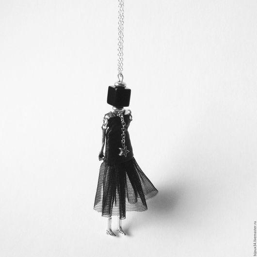 Кулоны, подвески ручной работы. Ярмарка Мастеров - ручная работа. Купить Подвеска-кукла на цепочке. Handmade. Черный с серебром