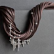 шелковое колье с серебряными крестами Горький шоколад