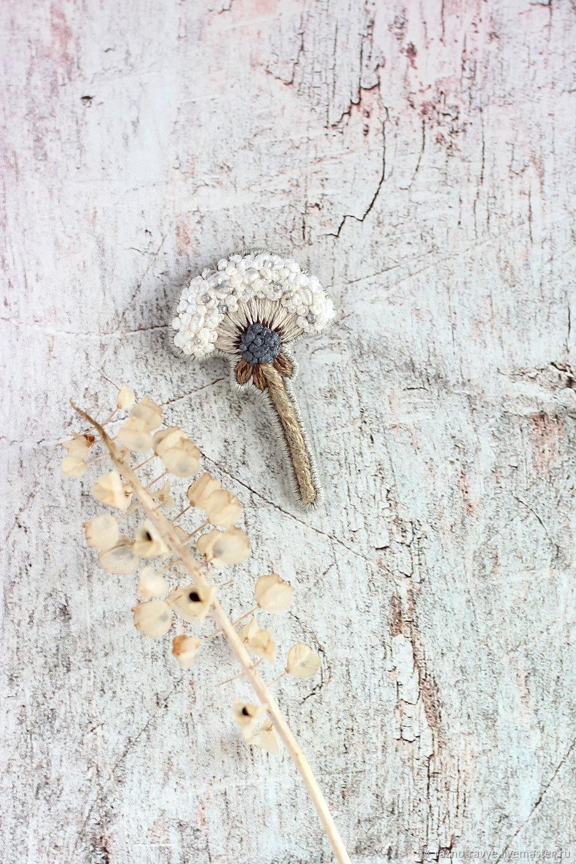 Брошь вышитая Одуванчик с жемчугом и бисером, Брошь-булавка, Анапа,  Фото №1