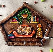 """Для дома и интерьера ручной работы. Ярмарка Мастеров - ручная работа Ключница """"Совы в домике"""". Handmade."""